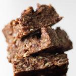 Vegan Nutella Bars! A delicious chocolate and hazelnut rice krispy treat, sure to satisfy your sweet tooth. #vegan #glutenfree #plantbased #ricekrispytreat #bearplate