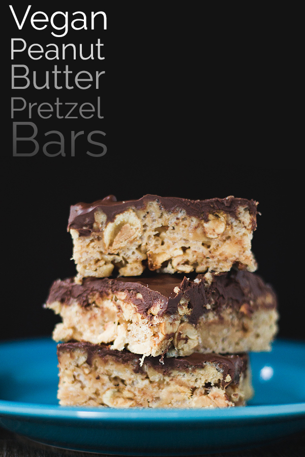 Vegan Peanut Butter Pretzel Bars! Perfect for a game day snack! #vegan #dessert #food #recipe
