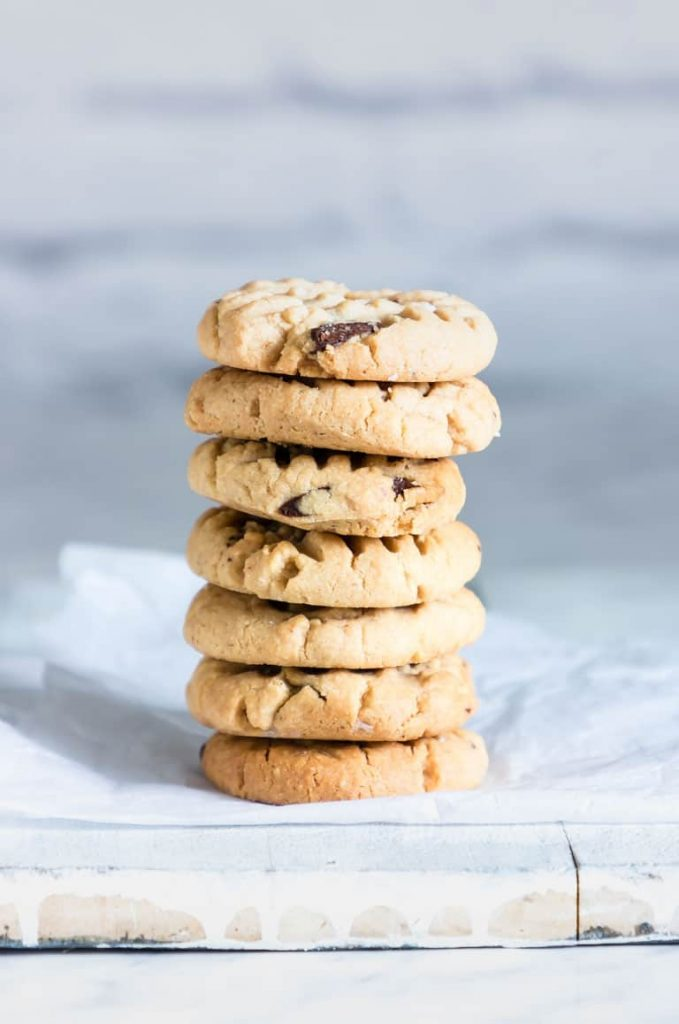 A stack of chocolate peanut butter cookies.